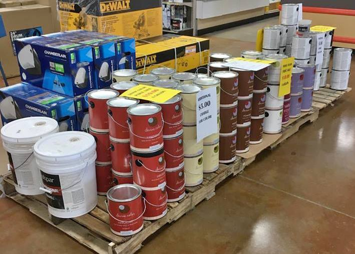 how much does a gallon of paint weigh